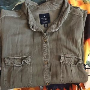 American Eagle Olive Button Up